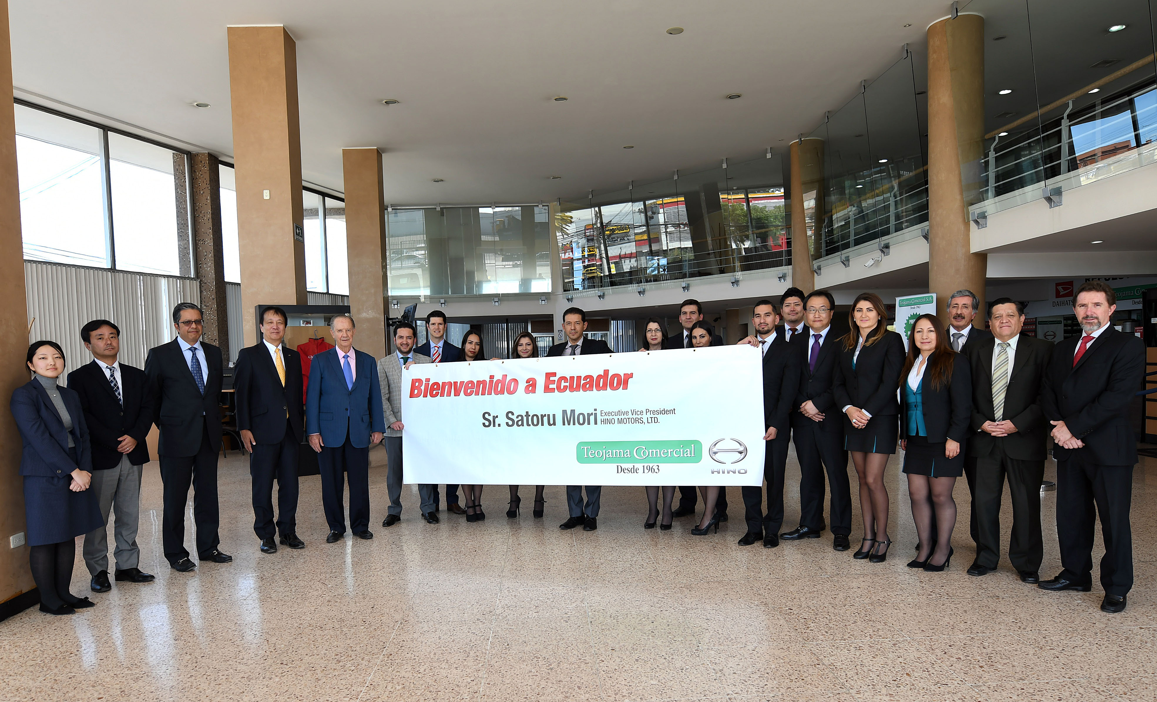 Teojama Comercial recibió al Vicepresidente de Hino Motors en sus Instalaciones